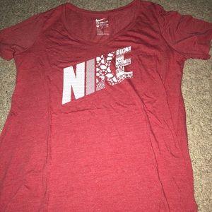 V-Neck Nike t-shirt